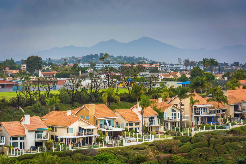 A popular Irvine neighborhood's benefits include good energy spilling from the nearby mountains.