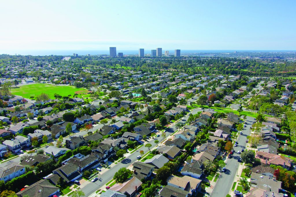 The Port Streets' amenities, such as a greenbelt and schools, lure families to the Newport Beach neighborhood.